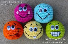 Basic Amigurumi - Smilie Face Ball with Help Video - Media - Crochet Me  ☀CQ #crochet #amigurumi #crafts #DIY