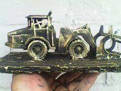 Ingenieros militares, maquina para levantar asfalto.