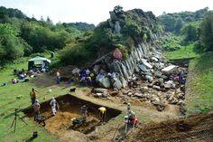 Stonehenge ist wahrscheinlich ein Second-Hand-Steinkreis - See more at: . . . http://www.grenzwissenschaft-aktuell.de/stonehenge-ist-wahrscheinlich-second-hand-steinkreis20151208 . . .  Abb.: Adam Stanford, Aerial-Cam Ltd / UCL