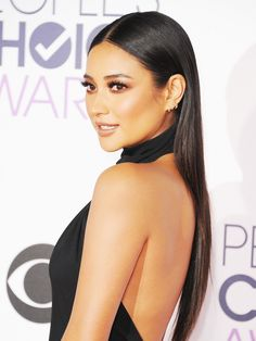 "Get the Look: Shay Mitchell's Sleek ""Less Is More"" Hair via @ByrdieBeauty"