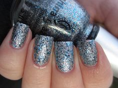 Glitta Gloves: China Glaze Lorelei's Tiara
