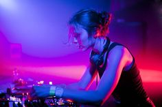Nina Kraviz - beauty & talent @warehouse project