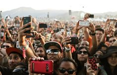 New Apple patent could stop you from taking photos and recording videos at shows with your iphone