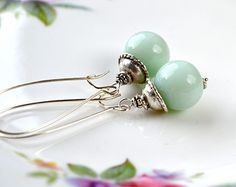 Mint Green Earrings, Spring Wedding, Pale Green Earrings, Aqua Drop Earrings, Pale Mint Jewelry, Mint Bridesmaid Earrings, Glass Earrings UK