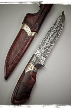 Love the beautiful blade - Coco by Andre Andersson Custom Damascus Knives - Knives, Daggers, Swords and Artknives from Sweden Katana, Damascus Knife, Damascus Steel, Swords And Daggers, Knives And Swords, Lame Damas, Beil, Survival, Cool Knives