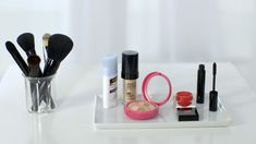 Melissa Goldstein talks about the five makeup essentials you need before leaving the house that will leave you looking your best.
