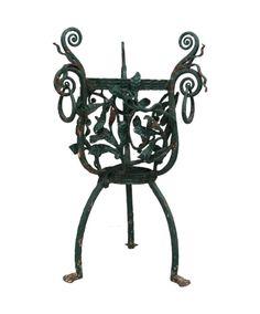 19th c French Cast Iron Planter #DIYWeekendRubyLane Garden Inspiration, Design Inspiration, Shabby Chic Garden, Antique Art, Garden Furniture, Wrought Iron, Old World, Cast Iron, Garden Design
