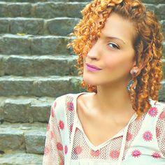 """Meninas, hoje há um post MEGA pedido no blog: """"O que é e como tratar Ressecamento Localizado e Scab Hair: O Guia"""" Com muitas dicas, truques, sugestões de produtos, etc etc etc :) >>> Corre lá! Link na Bio! #acordabonita"""