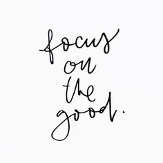 As this week starts here's a little reminder that keeping a positive mindset is key ✨ // wishing you all a great week!