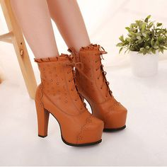 Fashionable PU Zipper Brown Round Closed Toe Chunky Super High Heel Boots