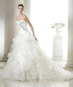 Salvina wedding dress from the Dreams 2015 - St Patrick collection | St. Patrick