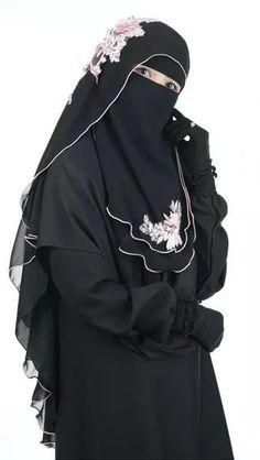Arab Girls Hijab, Girl Hijab, Muslim Girls, Muslim Women, Niqab Fashion, Muslim Fashion, Hijab Dress, Hijab Outfit, Abaya Pattern