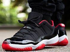 www.sneakers-actus.fr wp-content uploads 2014 12 Air-Jordan-11-Bred-@ogmike21.jpg