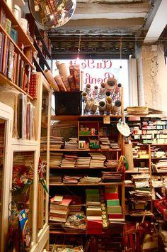 Paris's best antiques and street markets   Travel   The Guardian #kidandcoe #bringthekids