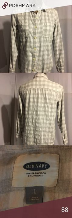 Old Navy: Grey and White, Flannel, Button Down Super comfortable and in terrific shape. worn on a few times. 100% cotton all buttons in tact. Bundle with other flannels in my closet and make me an offer! Old Navy Tops Button Down Shirts