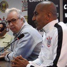 Após encontro com Pato, presidente do Corinthians confirma volta na terça