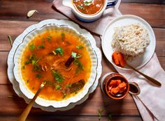 Tomato Rasam, Chutney, Curry, Spices, Favorite Recipes, Meals, Ethnic Recipes, Green, Food
