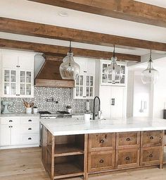 Stunning Kitchen Decorating Ideas With Farmhouse Style For Your Ordinary Home - Farmhouse style antique kitchen. Best Picture For kitchen shelves For Your Taste You are looking - Modern Kitchen Cabinets, Modern Farmhouse Kitchens, Kitchen Flooring, Kitchen Countertops, Cool Kitchens, Rustic Farmhouse, Wood Kitchen Island, Kitchen Modern, Farmhouse Ideas