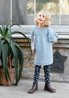 1704 Barn. Strikket Sommerfuglkjole Kids Fashion, Dresses With Sleeves, Knitting, Long Sleeve, Children, Threading, Boys, Tricot, Full Sleeves
