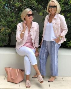 Best Fashion Tips For Women Over 60 - Fashion Trends Over 60 Fashion, Over 50 Womens Fashion, 50 Fashion, Plus Size Fashion, Fashion Outfits, Fashion Trends, Fashion Jewelry, 50 Style, Edgy Style