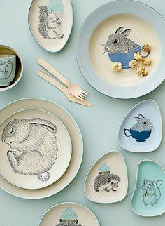 Bloomingville Mini Illustrated Plates and Dishes Ceramic Painting, Ceramic Art, Deco Table, Kids Decor, Little People, Ceramic Pottery, Baby Love, Mini, Dinnerware