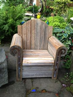 Awesome garden chair from Ravenna Gardens in Seattle.