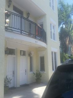 Campbell Courtyard great location 9 units with pool and parking currently 1 in foreclosure