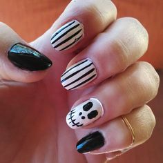 Pin for Later: These Horror-Movie Manicures Will Make You Pumped For Halloween The Nightmare Before Christmas