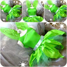 Linda fantasia em tule, cetim e detalhes em pérolas. Acompanha asas com detalhes brilhantes.... super fofura para princesinhas!!!