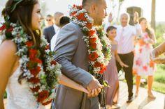 Gorgeous Blush Polynesian Wedding in Port Townsend, Washington Samoan Wedding, Polynesian Wedding, Wedding Bows, Wedding Bride, Wedding Flowers, Wedding Colors, Dream Wedding, Hawaiian Wedding Themes, Multicultural Wedding