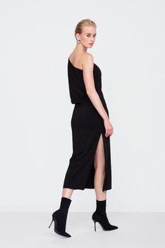 Cap sleeve off the shoulder formal dress with side slit. Relaxed fit on top and... Cap Sleeves, Off The Shoulder, Formal Dresses, Fit, Tops, Fashion, Dresses For Formal, Moda, Formal Gowns