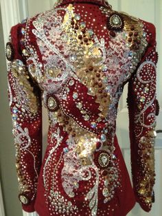 Love, love, love this showmanship jacket!!!! By Lindsey James Show Clothing
