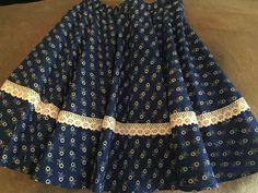 Pörgős néptáncos szoknya gyerekeknek #néptáncosszoknya ,#pörgősszoknya Skirts, Fashion, Moda, Skirt Outfits, Fasion, Trendy Fashion, Skirt, La Mode