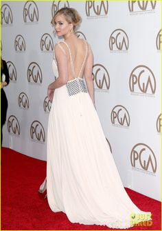 Jennifer Lawrence Stuns on Her First Red Carpet in Months!