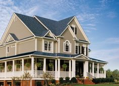 certainteed siding barn style house with vinyl siding