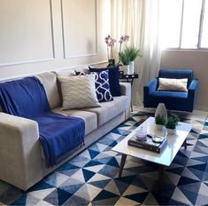 Navy Blue And Grey Living Room, Living Room Grey, Small Living Room Layout, Living Room Colors, Cushions For Grey Sofa, Corner Sofa Design, Flat Interior Design, Decor Home Living Room, Home Decor
