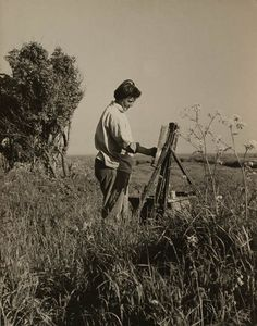 Joan Eardley artist noted for her portraiture of Glasgow street children and Scottish landscapes Portrait Quotes, Photography Illustration, Process Art, Landscape Paintings, Landscapes, Art Studios, Artist At Work, Art History, How To Memorize Things
