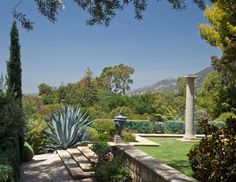Saladino's design principles at play in these sublime Mediterranean gardens in Villa di Lemma?