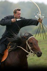 Hungarikum lett Kassai Lajos lovas-íjász módszere