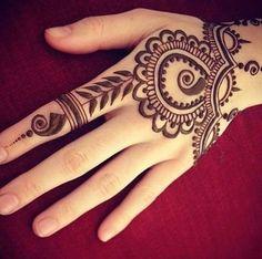 Terminvereinbarung Henna Tattoo