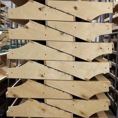 TEHDÄÄN HYVIN | HANDMADE QUALITY Työvaihe: Sohvarungon valmistus | Craft: Framework production Tuotantolinja: Sohvat | Production line: Sofas  #pohjanmaan #pohjanmaankaluste #käsintehty