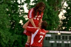 Viola(Amanda Bynes) and Duke(Channing Tatum) on She's the Man. | Okay this was adorable.