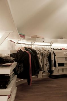 Closet - Home and Garden Design Ideas