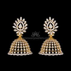 Mesmerizing collection of gold earrings from Kameswari Jewellers. Shop for designer gold earrings, traditional diamond earrings and bridal earrings collections online. Diamond Jumkas, Diamond Earing, Diamond Studs, Gold Earrings Designs, Gold Jewellery Design, Gold Jewelry, Jewellery Earrings, India Jewelry, Bridal Jewelry