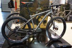 Van-Nicholas-Revelstoke-titanium-mountain-bike02