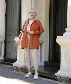 Hijab Fashion Summer, Modern Hijab Fashion, Street Hijab Fashion, Hijab Fashion Inspiration, Workwear Fashion, Winter Fashion Outfits, Casual Summer Outfits, Iranian Women Fashion, Islamic Fashion