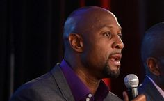 (7)    Alonzo  Mourning   now a  senior   executive  within   the  Miami  Heat    organization   has   been  extremely  critical  of    former   Heat   player    LeBron  James   after  his   decision  to  leave  the  franchise  and    return  to  the   Cleveland   Cavaliers  .  Mourning ,   failed  to   suggest   why  Heat   failed  to  surround   James     with   players   complementary  to   his    skills    capable  of   actually   of  being   competitive   enough  to  have   won   last…