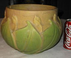 ROSEVILLE EARLY VELMOSS ART POTTERY