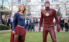El 'multiverso' televisivo DC se expande. The CW planea un 'mega crossover' entre cuatro series de superhéroes http://www.elmundo.es//2016/05/21/573effdbe2704ed73f8b45d2.html - Cuatro son las series inspiradas en cómics de DC que posee The CW: la recientemente incorporada desde CBS Supergirl , Arrow, The Flash y Legends of Tomorrow. Con tal cartera de sup
