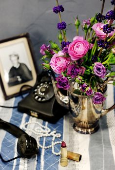 Nostalgia for the Swedish Newspaper AFTONBLADET Florist & stylist: Madelin Downey